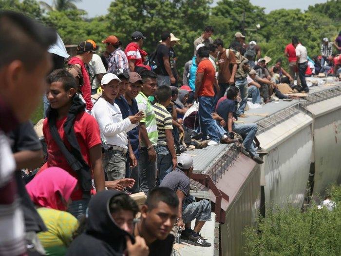 inmigrantes tren la bestia viaje
