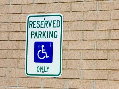 tarjeta estacionamiento discapacitados senal